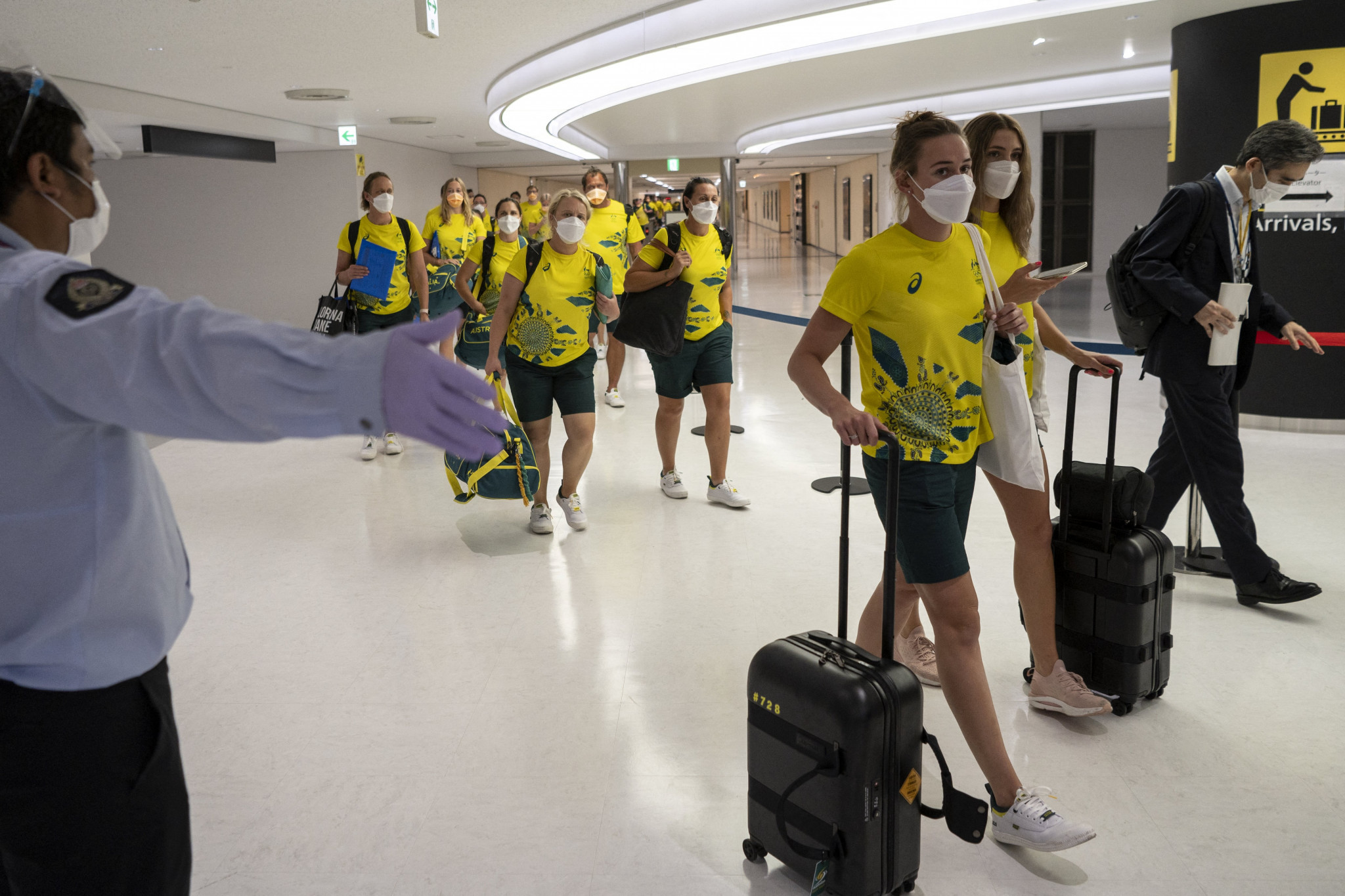 Australian athletes arriving in Tokyo prior to the Olympic Games which are due to open in Tokyo on Friday ©Getty Images