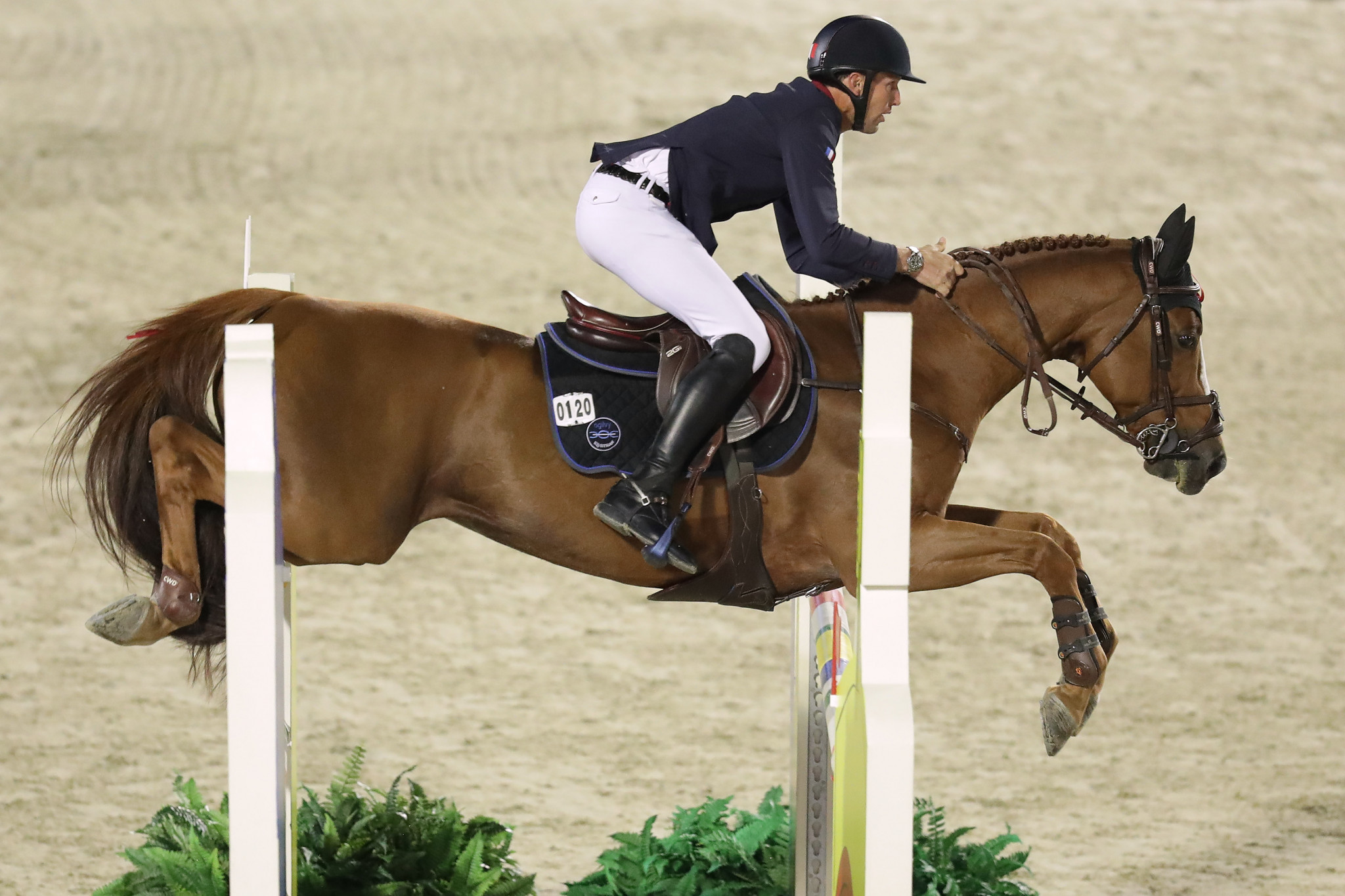 French riders Staut and Epaillard leaders after first round of Berlin Global Champions League