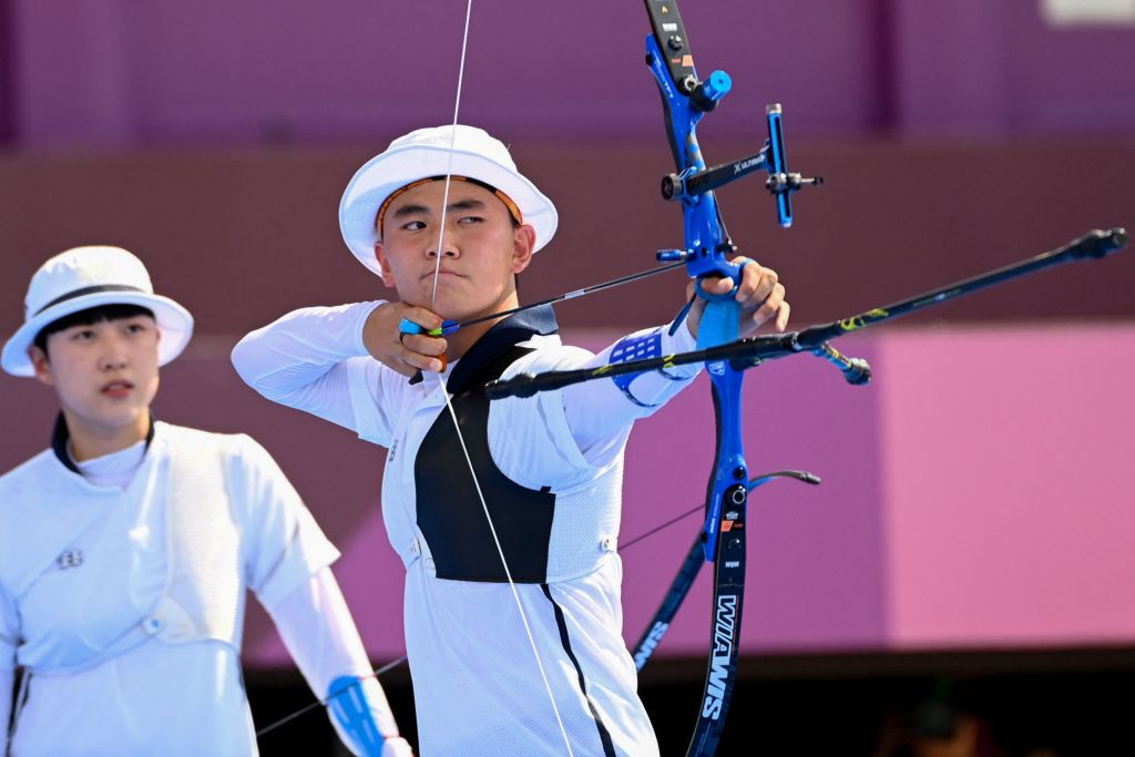 South Korea's An San and Kim Je Deok, 20 and 17 respectively, have won the first ever Olympic archery mixed team gold ©Getty Images