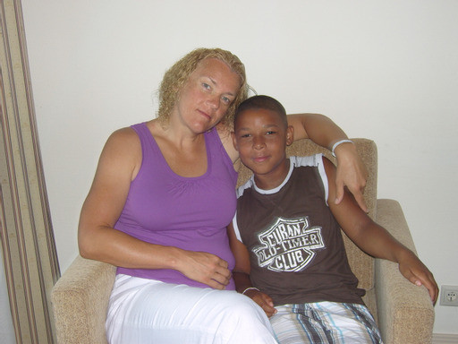 Enzo pictured with his mum Ilona ©Ilona Koster
