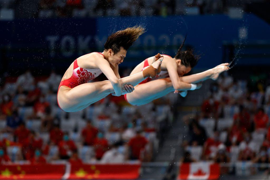 Shi and Wang clinch first diving gold as China make ominous start at Tokyo 2020