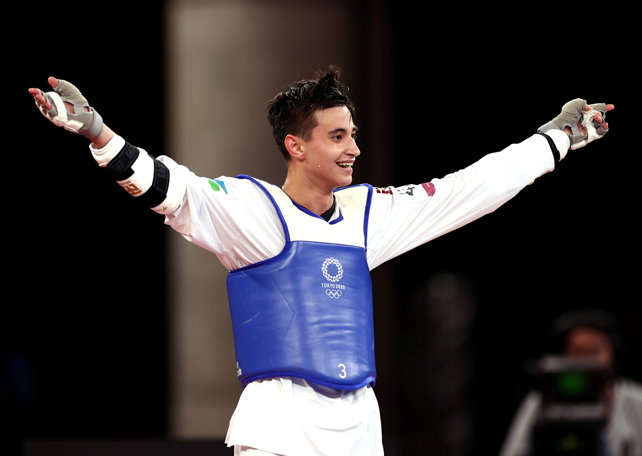 Rashitov and Zolotic win Olympic taekwondo titles as refugee team's Alizadeh agonisingly misses bronze