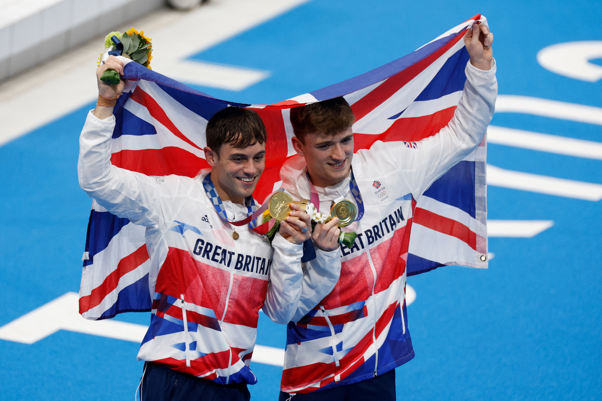 Tom Daley, left, and Matty Lee took advantage of a Chinese mistake to win gold ©Getty Images