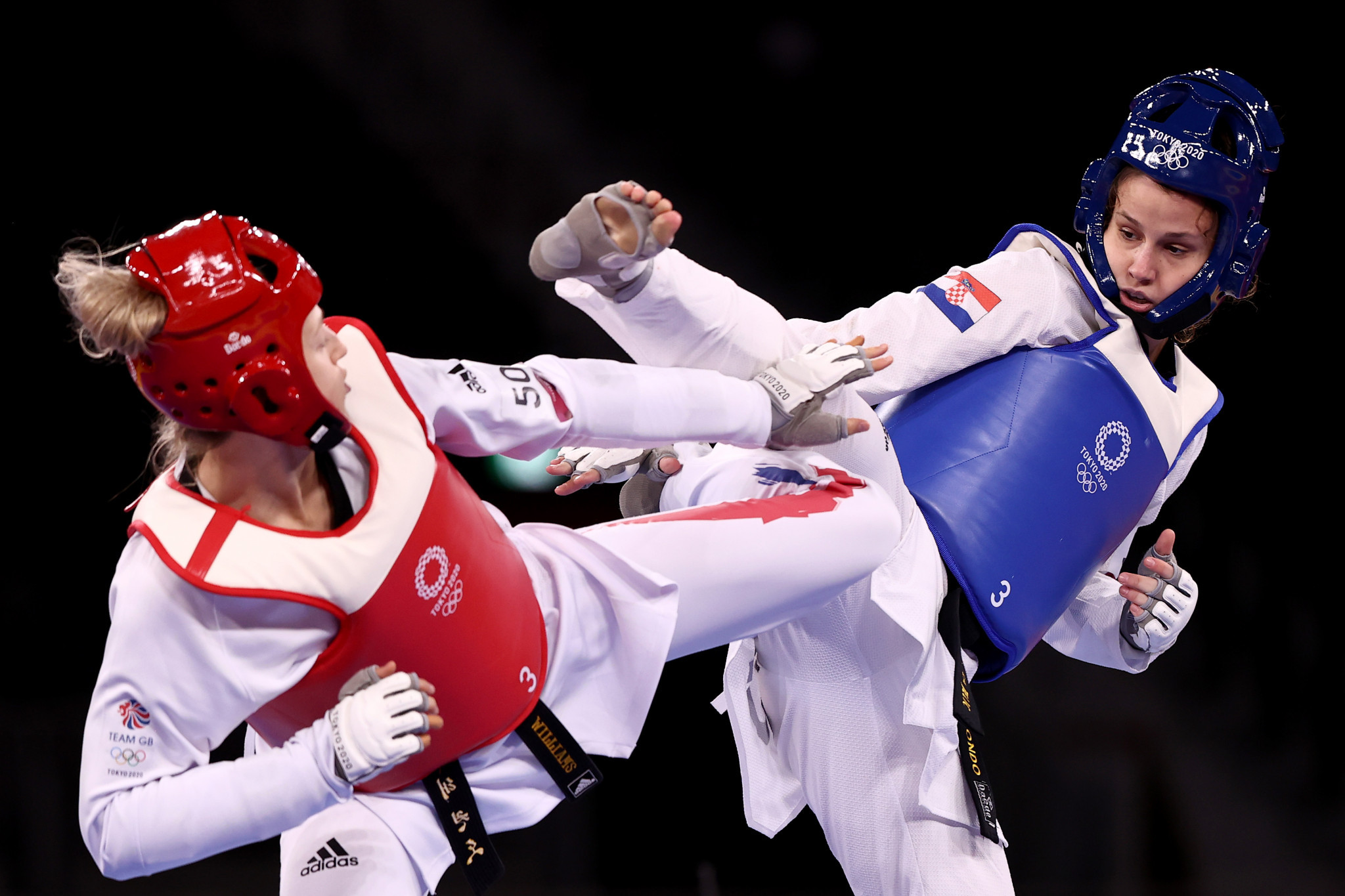 Croatia's Matea Jelić, right, snatched victory from the jaws of defeat in the women's under-67kg taekwondo final, overcoming a three-point deficit with 10 seconds remaining to win Croatia's first gold medal of the Games ©Getty Images