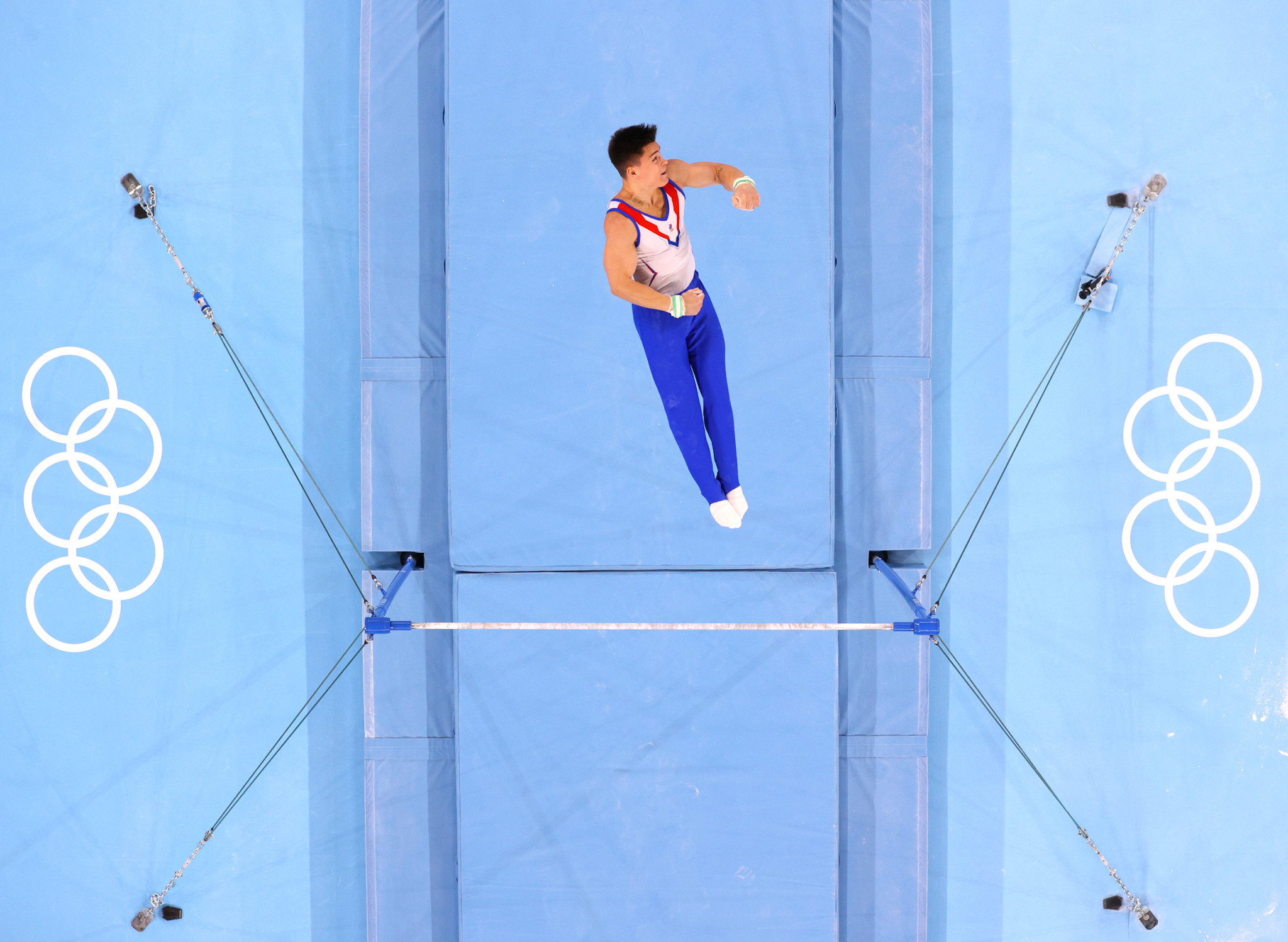 Nikita Nagornyy's performance on the horizontal bar helped the ROC team to an overall score of 262.500 in the men's artistic team all-around event at Tokyo 2020, securing them the gold medal ©Getty Images