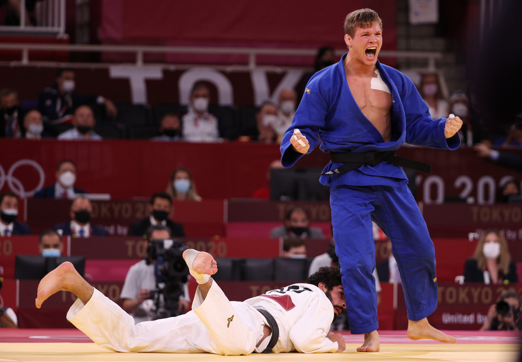 World number one Matthias Casse beat Tato Grigalashvili to win the bronze medal in the men's under-81kg category ©Getty Images