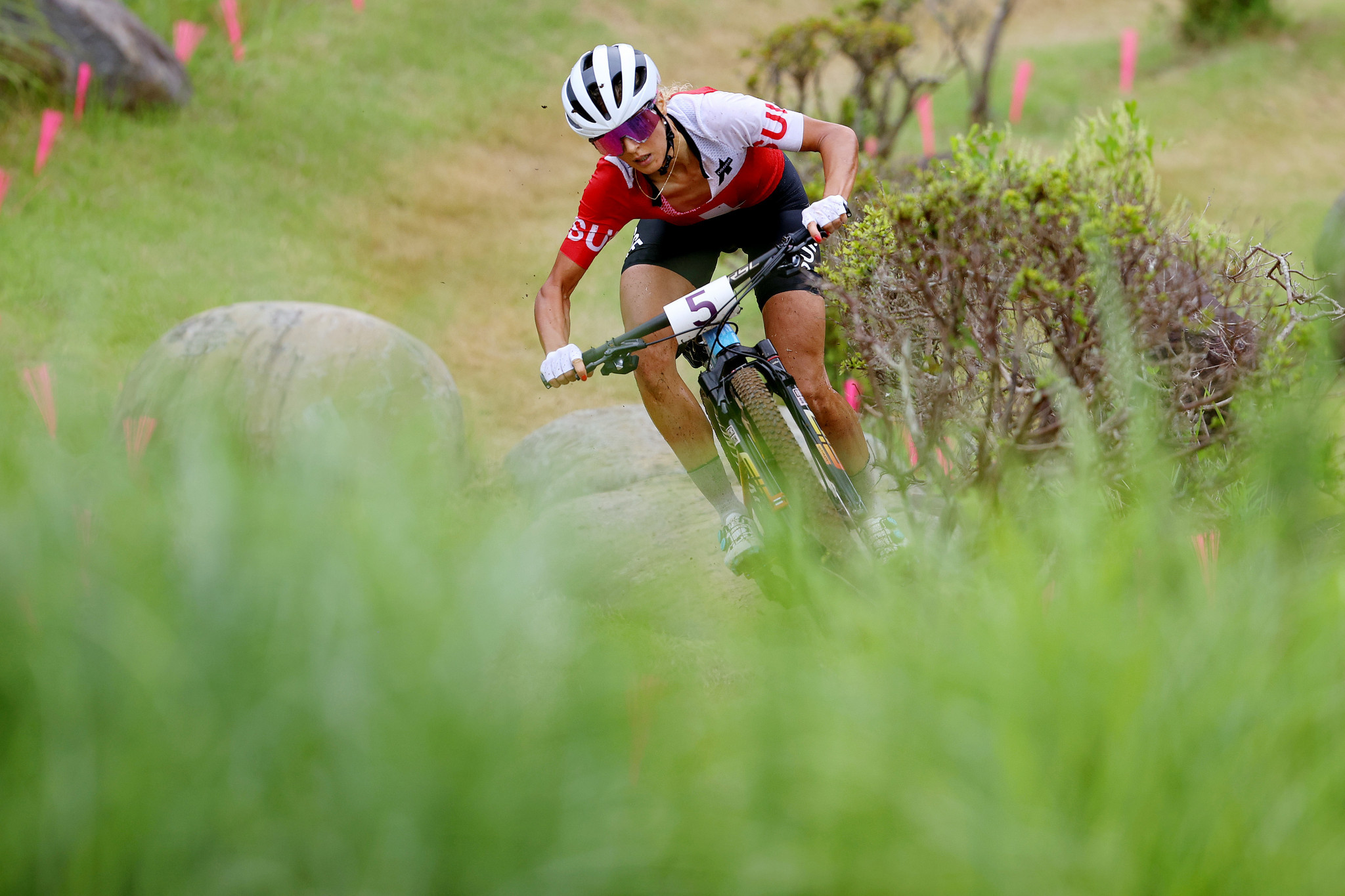 Jolanda Neff led home a Swiss clean sweep of the podium in the women's mountain bike race ©Getty Images