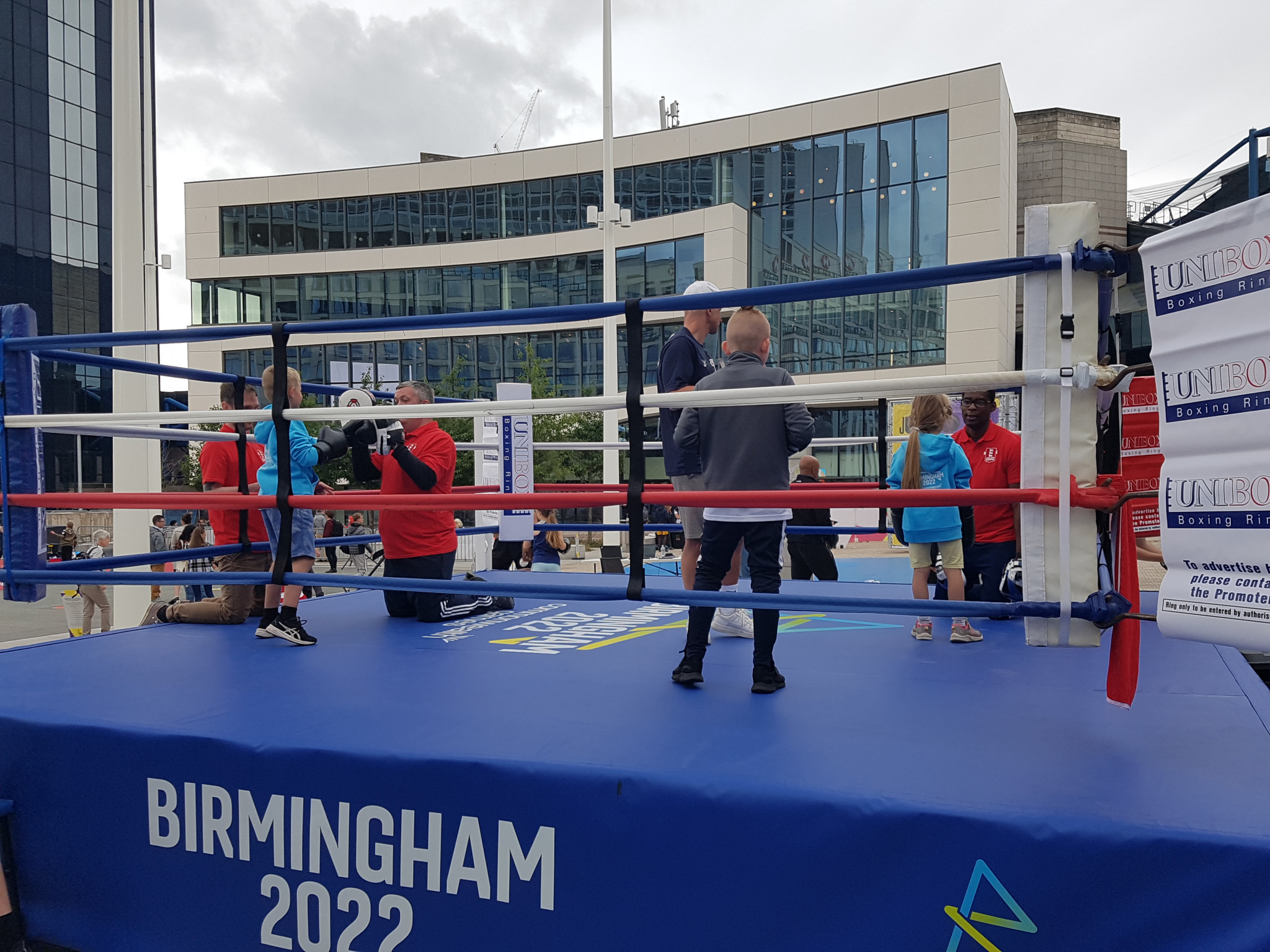 England Boxing allowed members of the public to try sparring sessions in the ring with coaches ©ITG