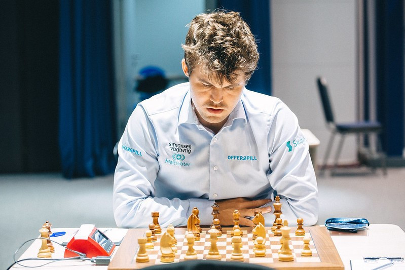 Carlsen and Shankland take command of Chess World Cup quarter-finals