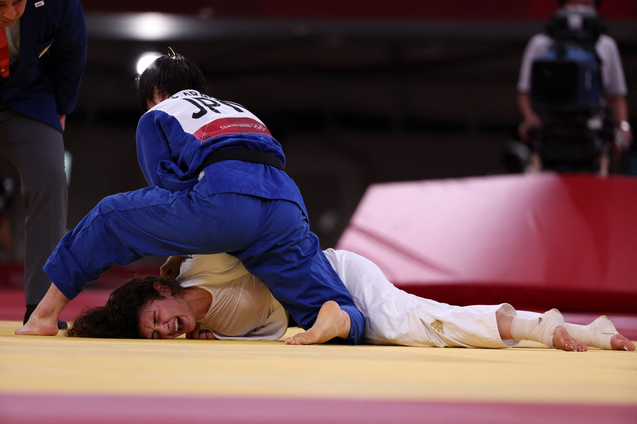 Chizuru Arai, in blue, won Japan's sixth judo gold medal in five days, having survived a 12-minute golden score in the semi-finals ©Getty Images