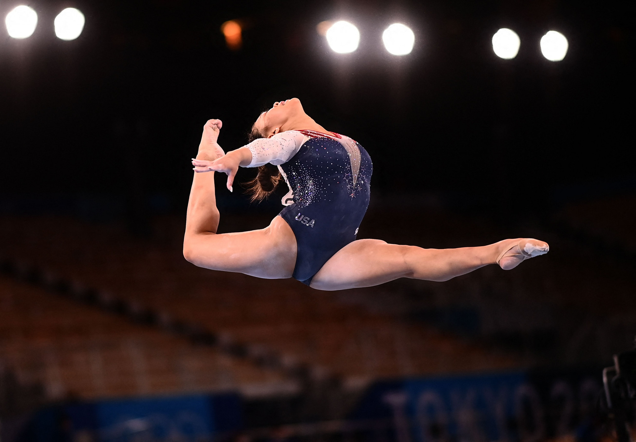 Sunisa Lee won the coveted women's all-around gold medal - meaning an American has now won the event at 10 Olympic Games or World Championships in a row ©Getty Images