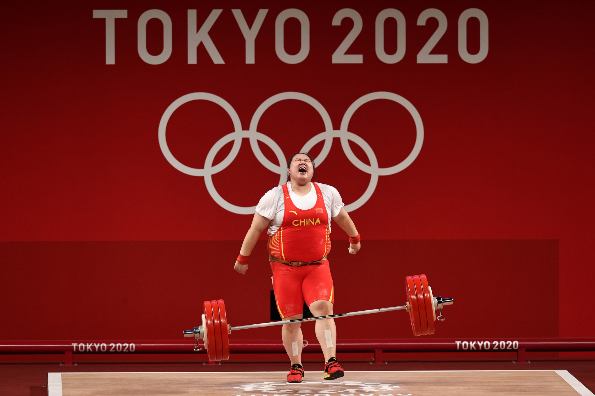 Unstoppable weightlifter Li wins again as Britain's Campbell ends 37-year medal wait