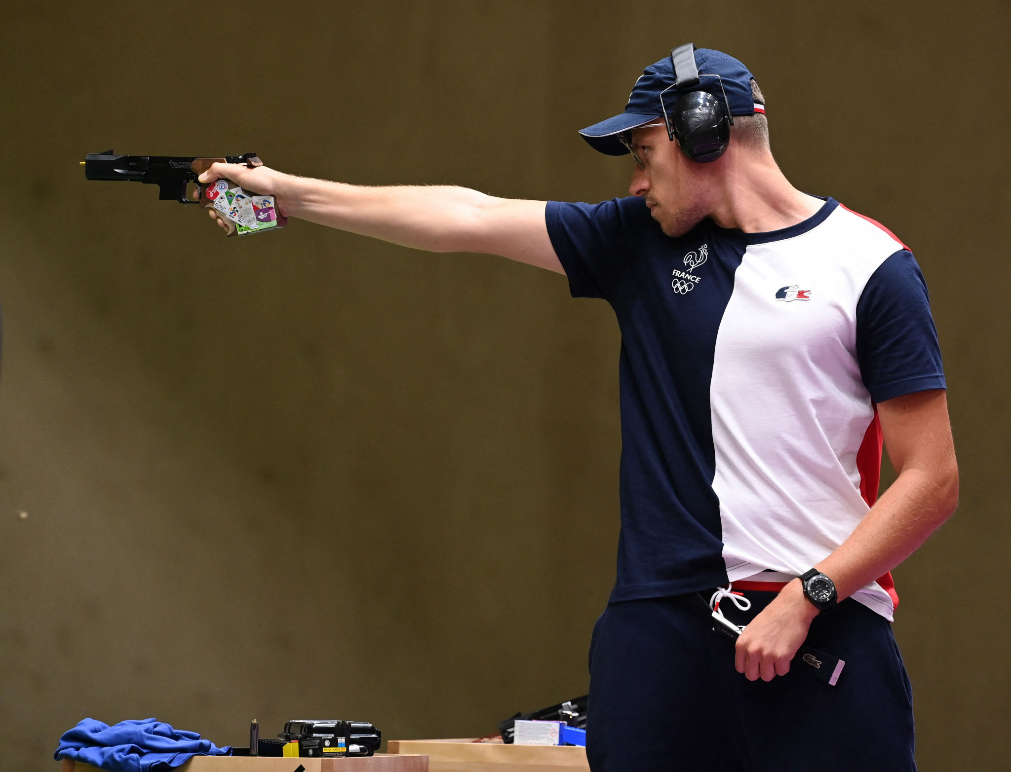 Quiquampoix upgrades from silver to gold in Tokyo 2020 men's 25m rapid fire pistol event