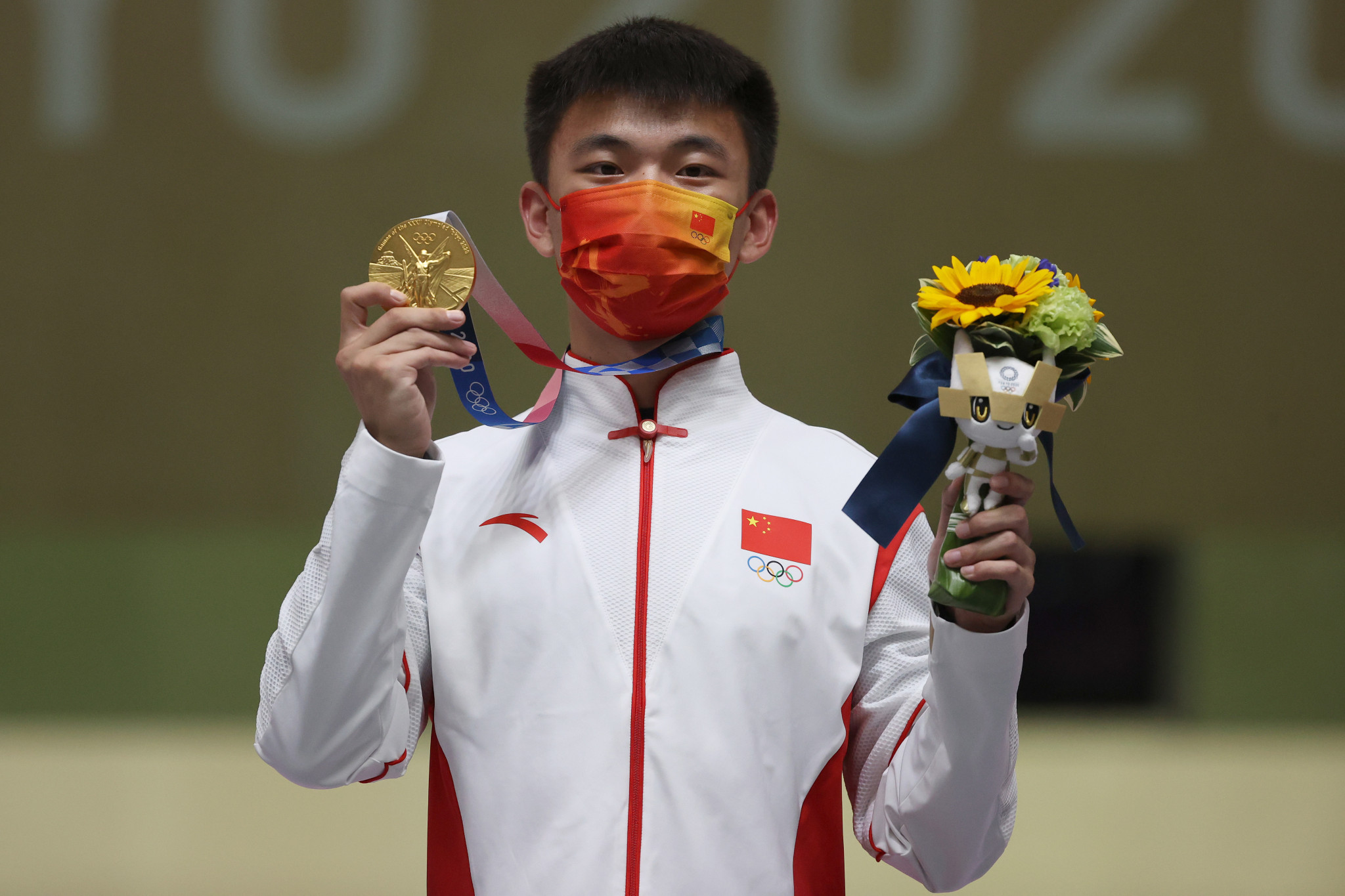 On a day when China won five gold medals across four sports, Zhang Changhong took the final shooting title of Tokyo 2020 - the men's 50m rifle three positions ©Getty Images