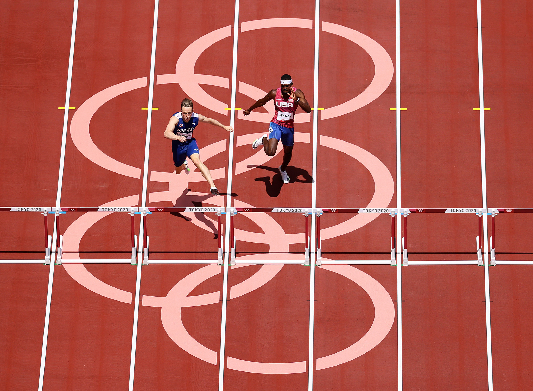 Norway's Karsten Warholm proved stronger than great rival, Rai Benjamin of the United States, in the closing stage of an epic 400m hurdles ©Getty Images
