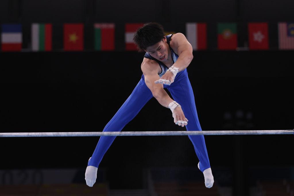 Hashimoto seals horizontal bar gold in gymnastics on successful day for China at Tokyo 2020