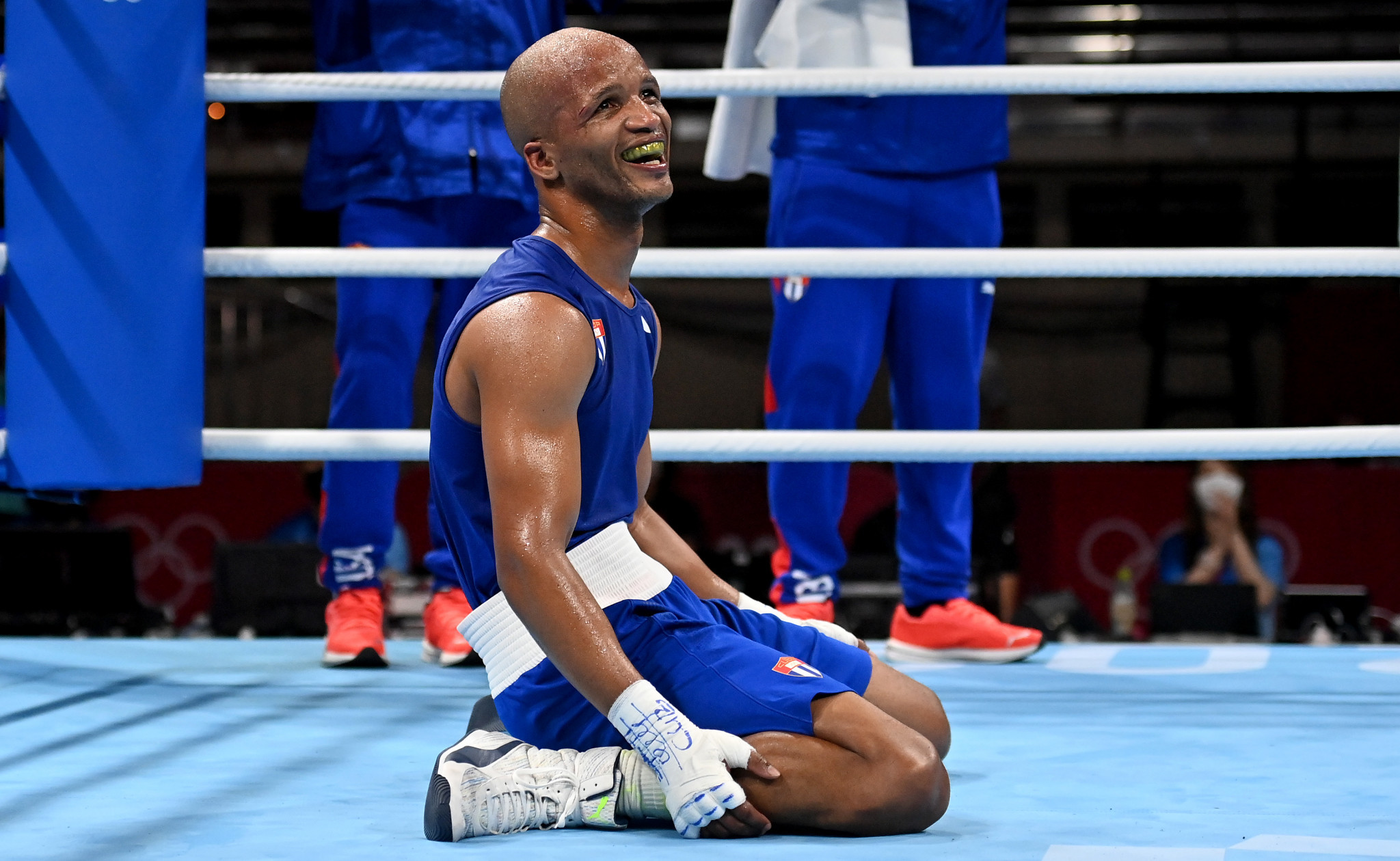 Iglesias wins Olympic welterweight boxing gold after defeating world champion