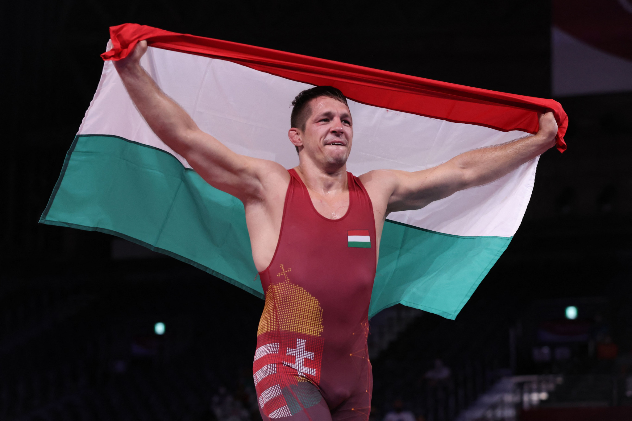 Trio of world champions add Olympic gold on second night of wrestling finals at Tokyo 2020