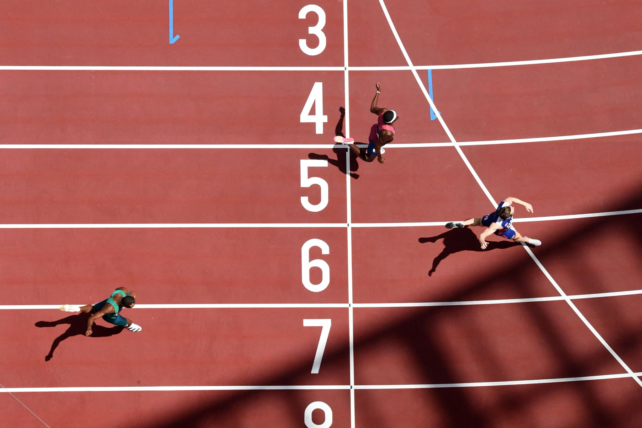 Rai Benjamin of the United States, top, and Brazil's Alison Dos Santos, bottom, also ran faster than the 46.78sec mark from 1992, which until this year was the world record ©Getty Images