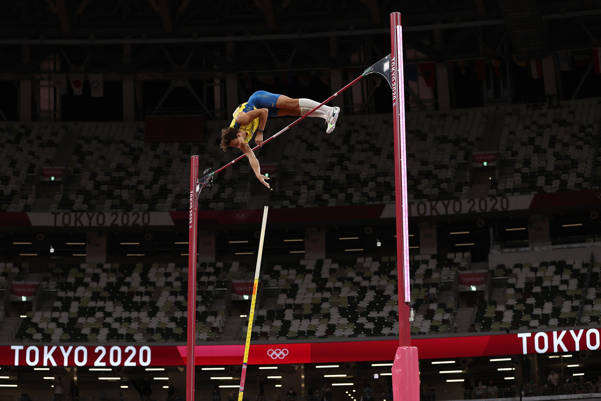 Armand Duplantis won an expected gold medal in the men's pole vault, but the Swede came short of breaking his own world record ©Getty Images