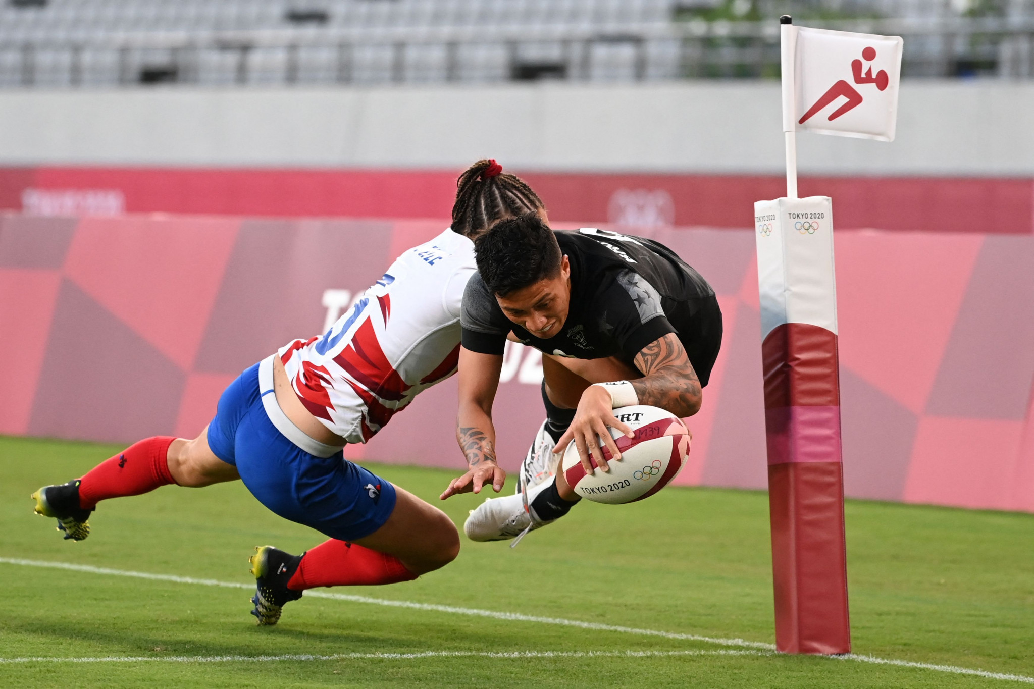 World Rugby Sevens Series legs in Hong Kong and Paris cancelled