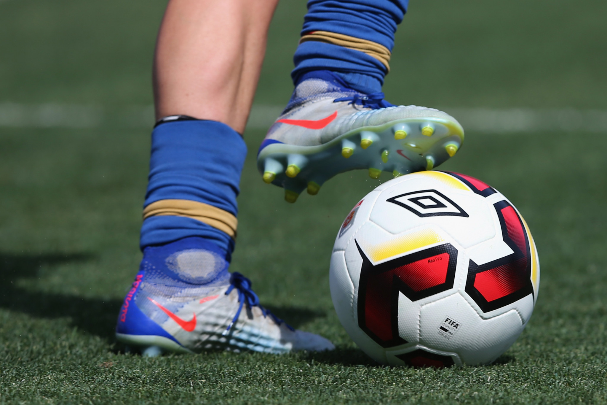 PacificAus Sports give Solomon Islands women's football league funds with sights on 2023 Pacific Games