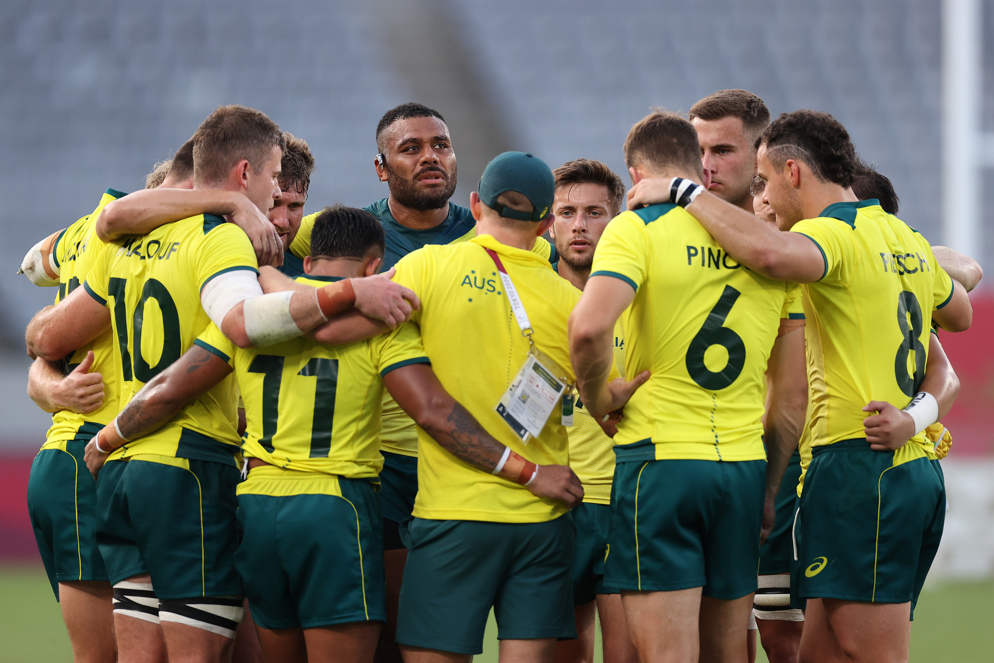 Players reprimanded by Rugby Australia over drunken antics on plane from Tokyo