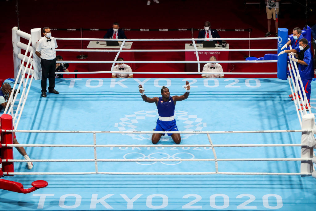 Cuba in Cruz control as third boxer becomes two-weight Olympic champion