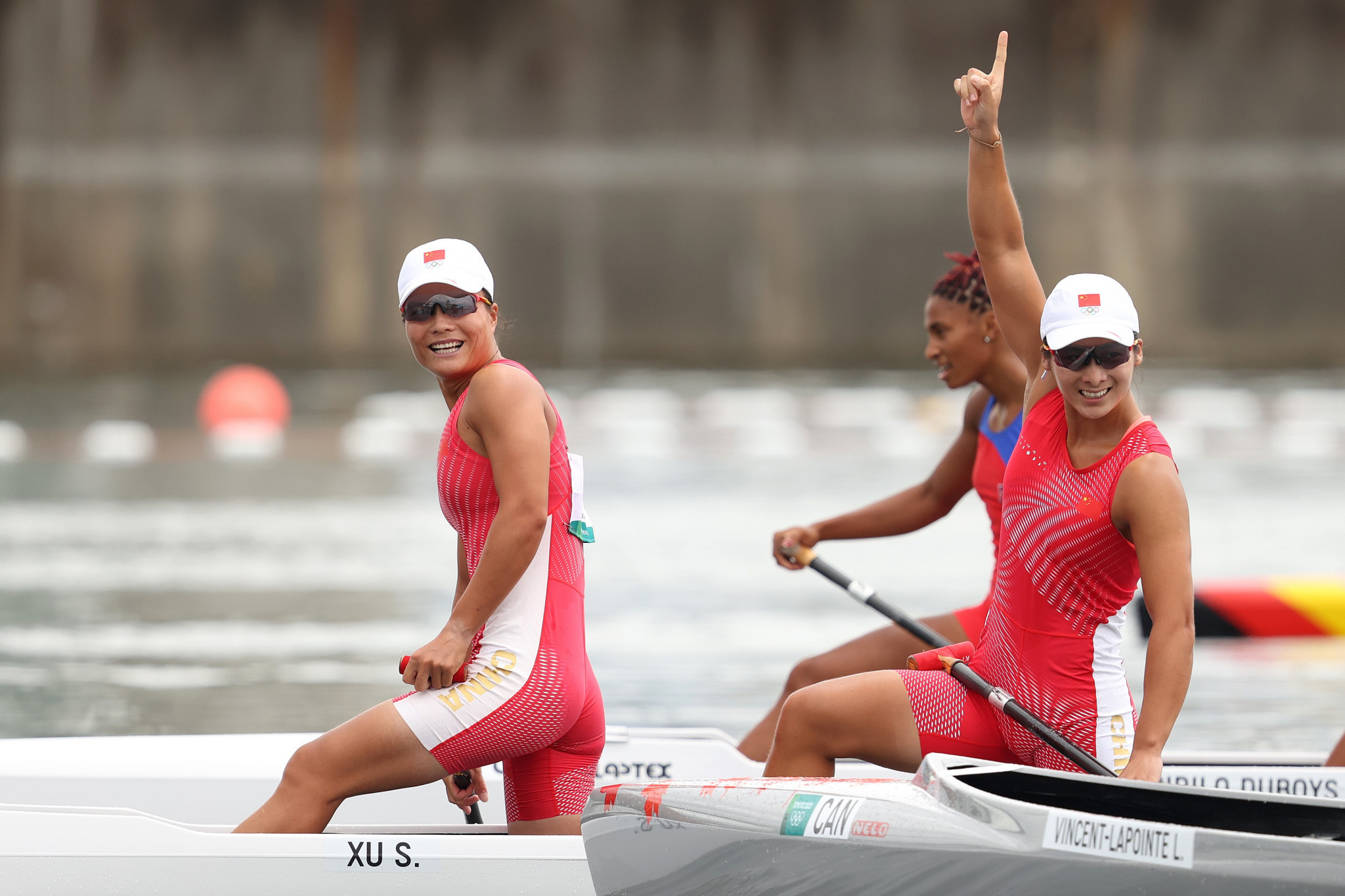 Xu Shixiao and Sun Mengya produced a dominant display to win the women's C2 500m final ©Getty Images