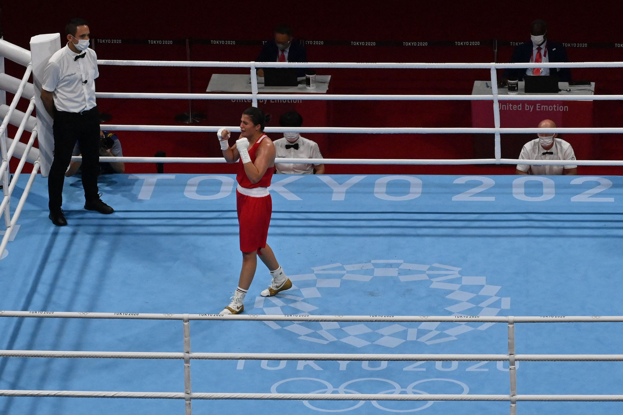 Busenaz Sürmeneli became Turkey's first Olympic boxing champion ©Getty Images