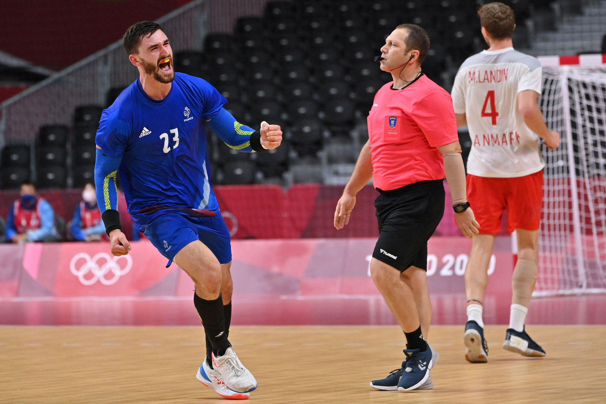 Ludovic Fabregas scored the decisive goal with six seconds left as France reclaimed men's handball gold ©Getty Images