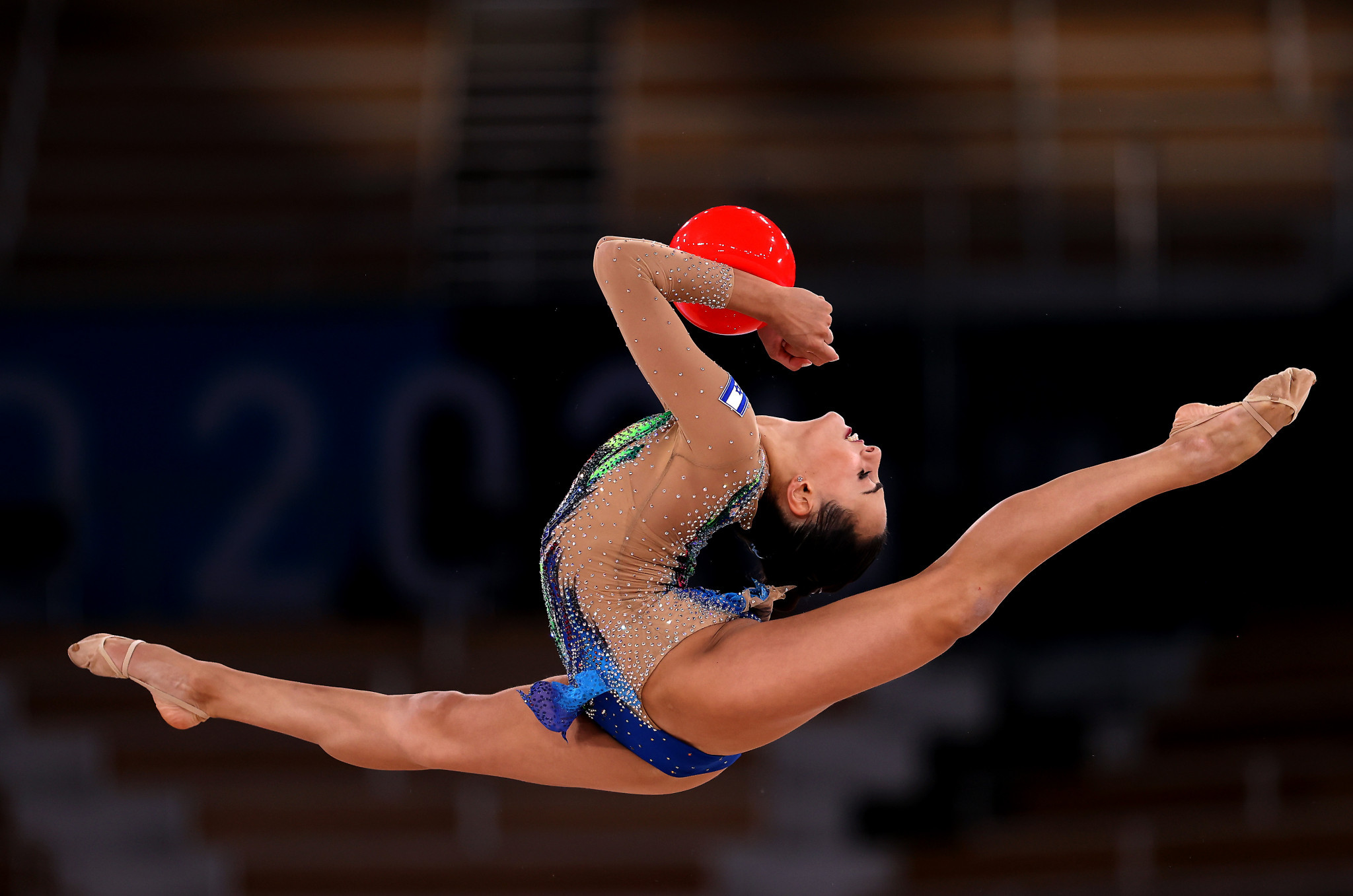 Israel's Ashram stuns Averina twins to win Olympic all-around title in rhythmic gymnastics