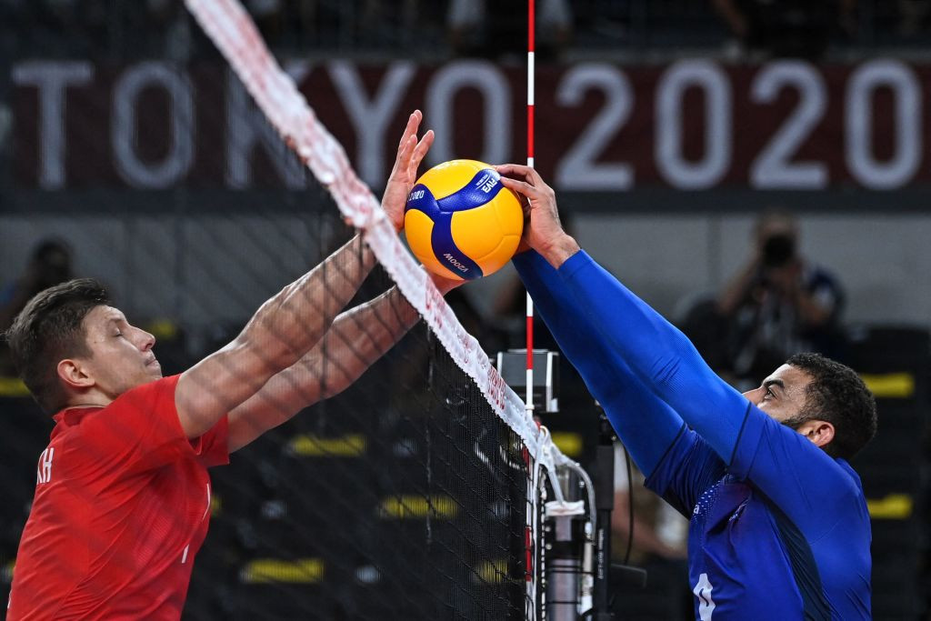 France edged out the ROC in a deciding set following a tense final ©Getty Images