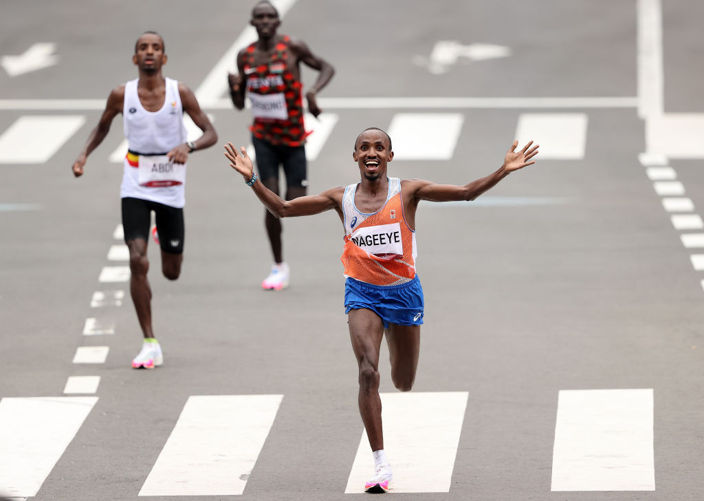 Abdi Nageeye of The Netherlands comes home to take silver in today's men's marathon in Sapporo ©Getty Images