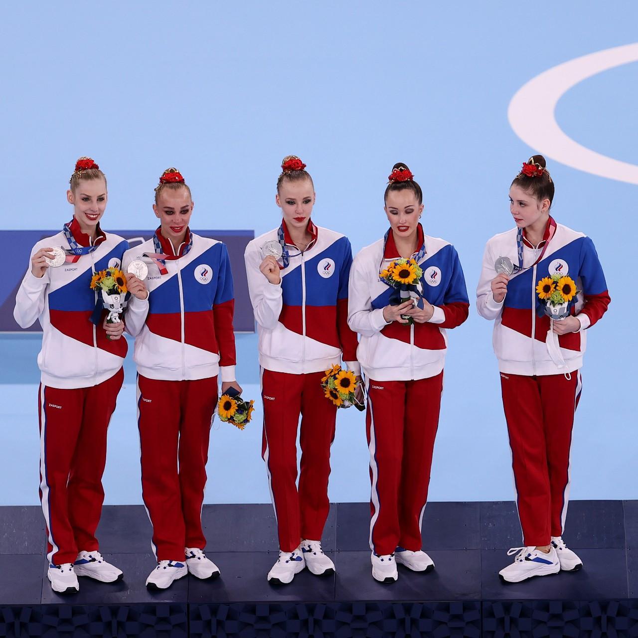 Rhythmic gymnastics team