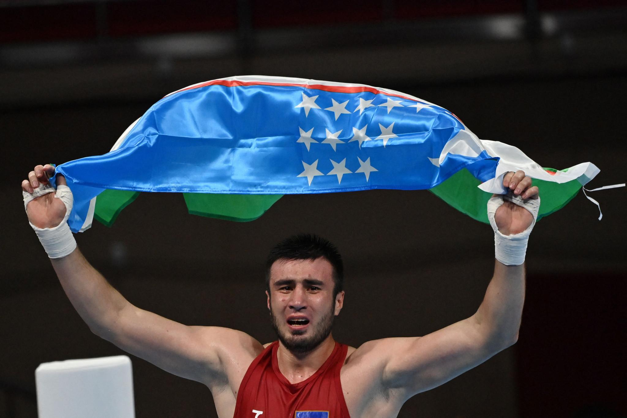 Bakhodir Jalolov won the men's super heavyweight title for Uzbekistan ©Getty Images