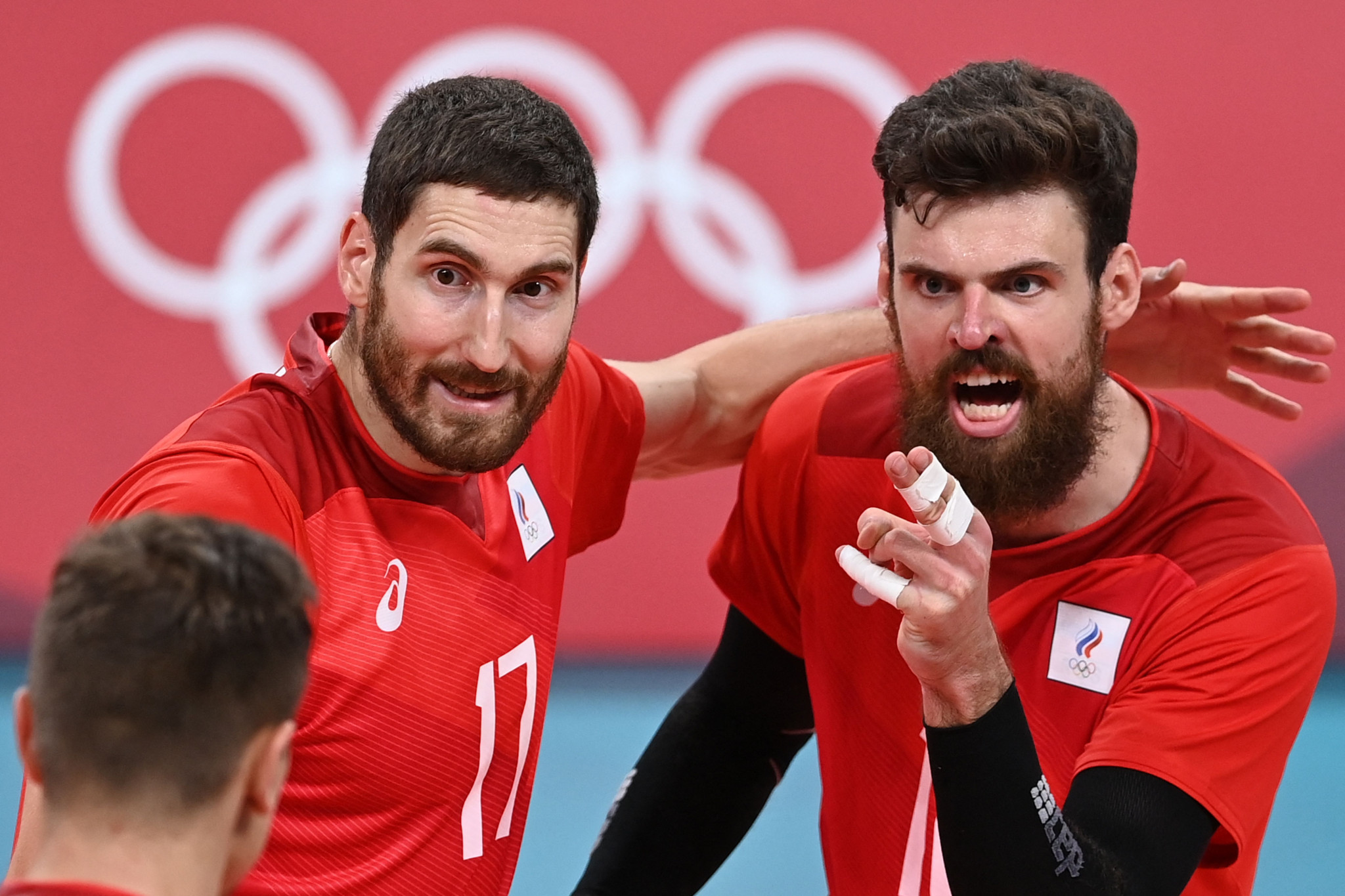 Maksim Mikhaylov, left, and Egor Kliuka led the ROC team to the men's volleyball silver medal at Tokyo 2020 ©Getty Images