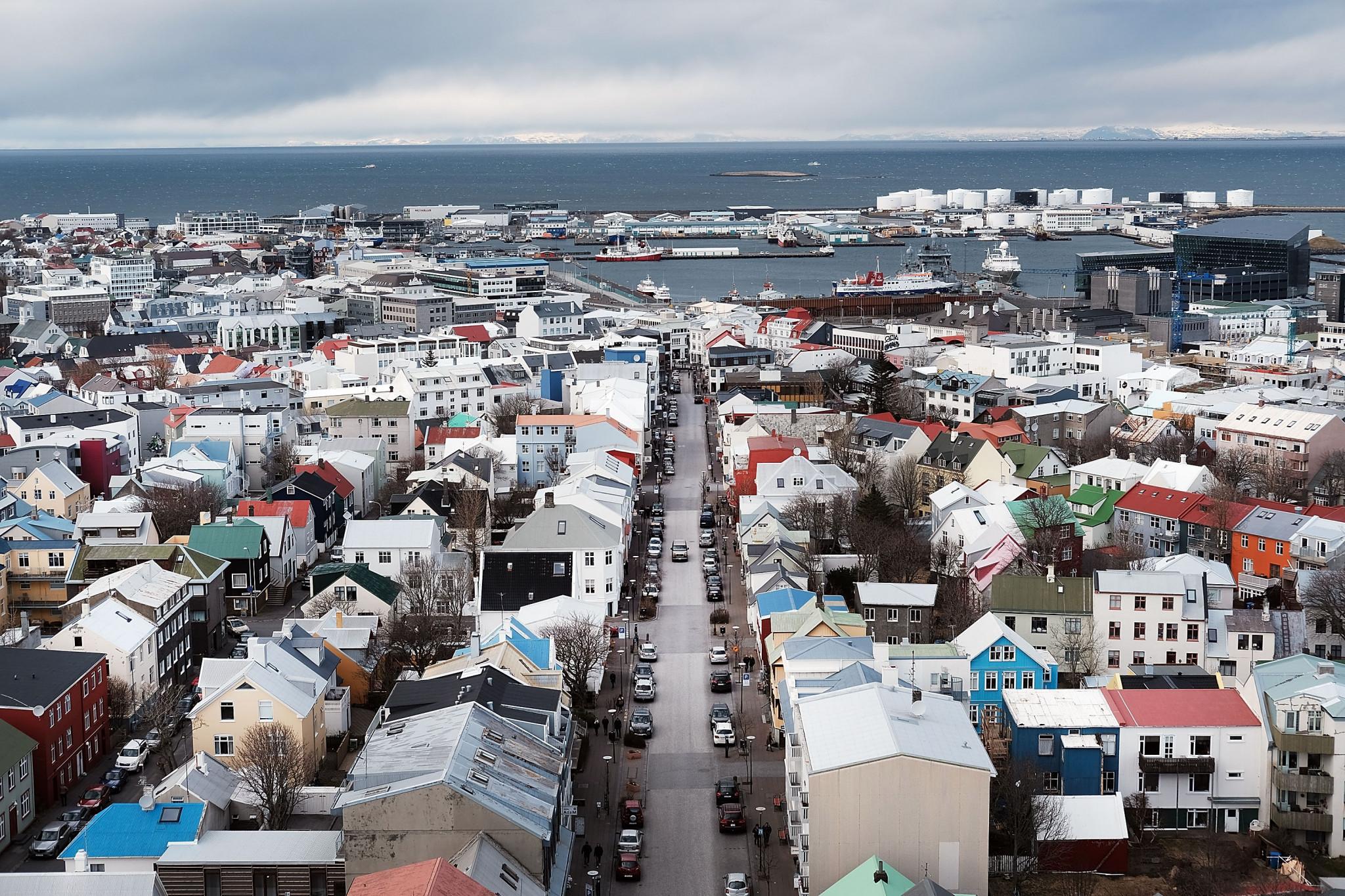 Na Islandiji je sedemdnevno povprečno novih primerov novega koronavirusa prvič več kot 100 © Getty Images