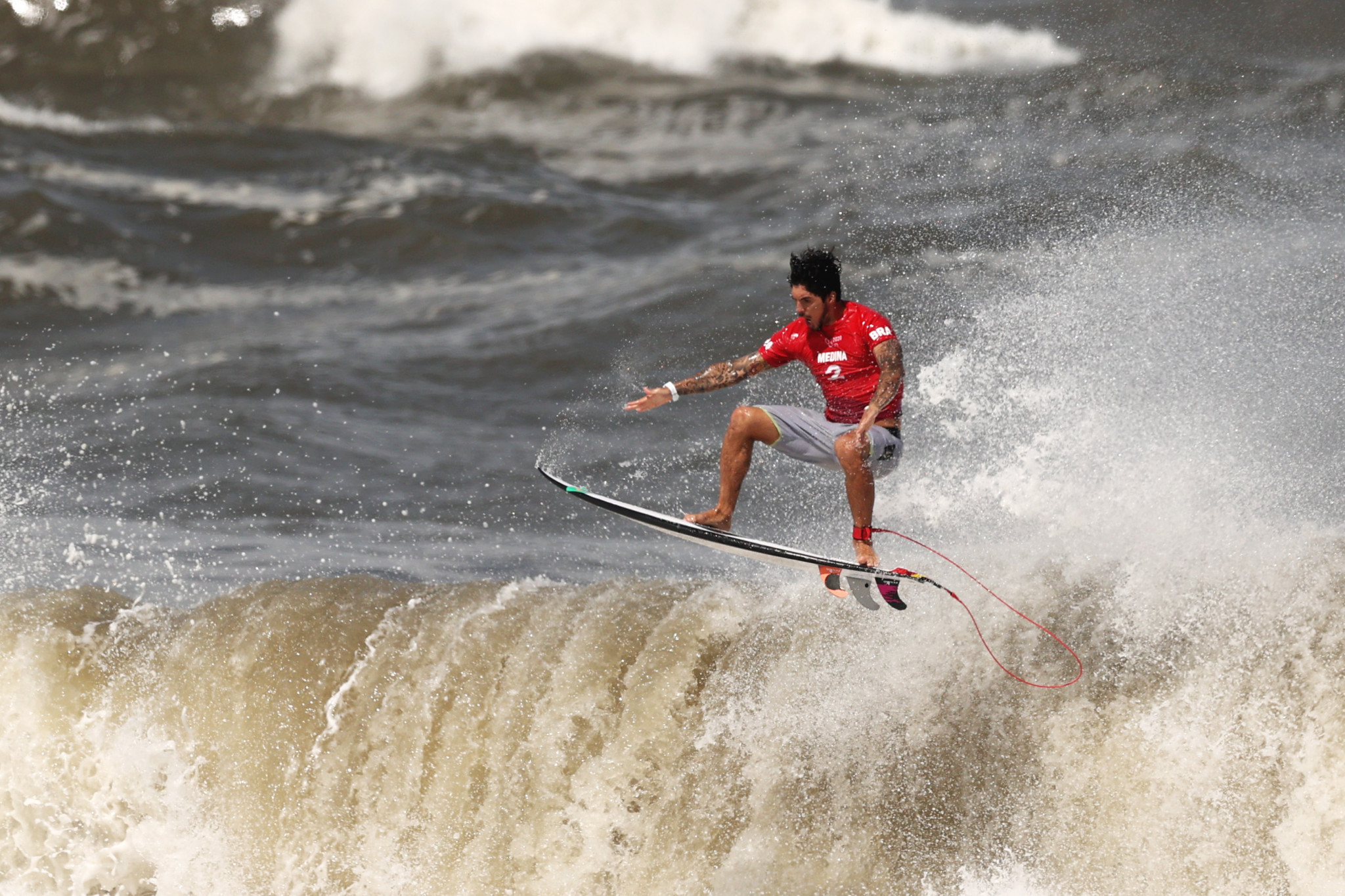 Favourites progress to round of 32 on first day of World Surf League Corona Open Mexico