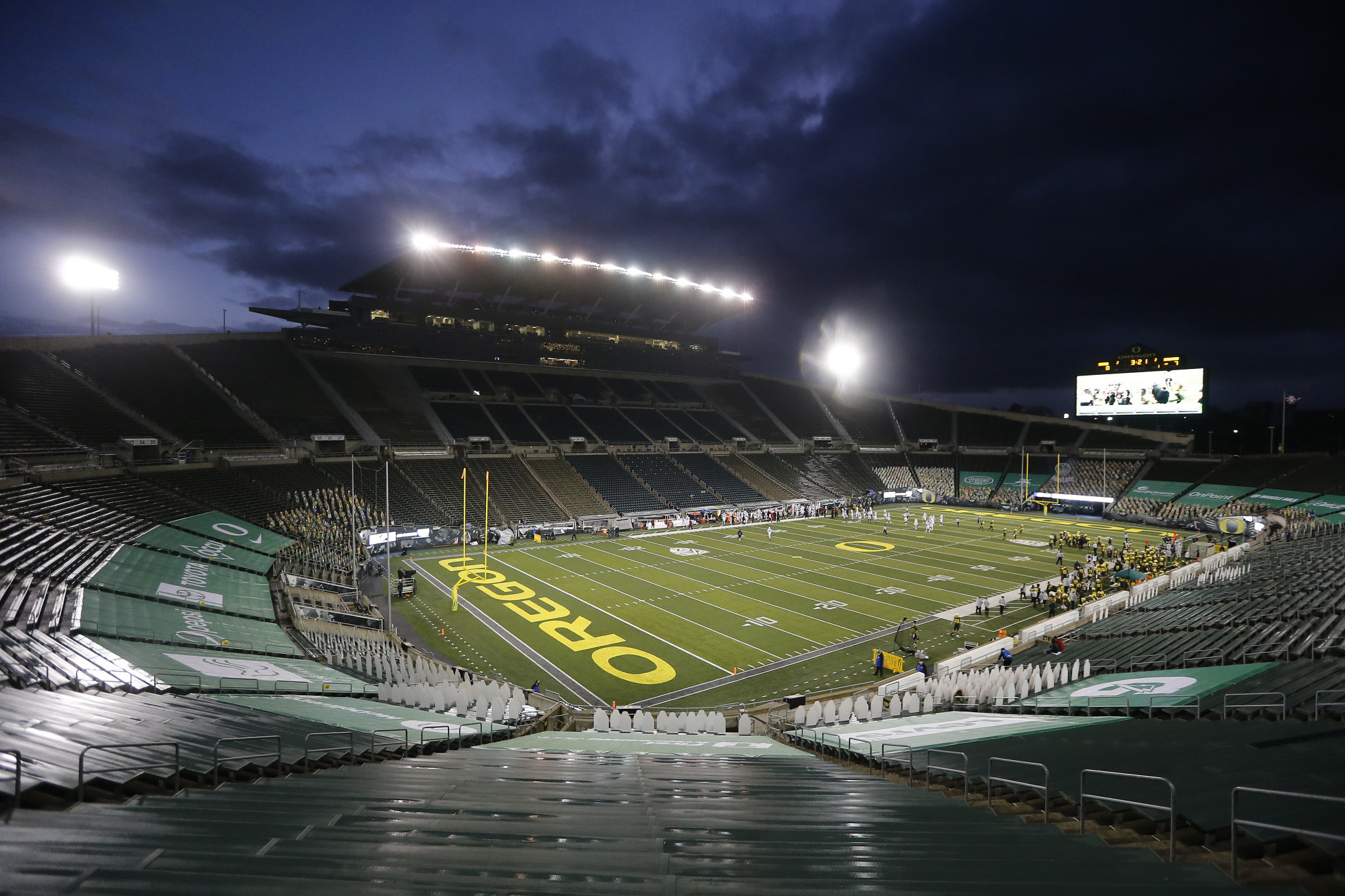 The Autzen Stadium on the University of Oregon campus will serve as the start and finish for loops in the marathon and race walk events ©Getty Images