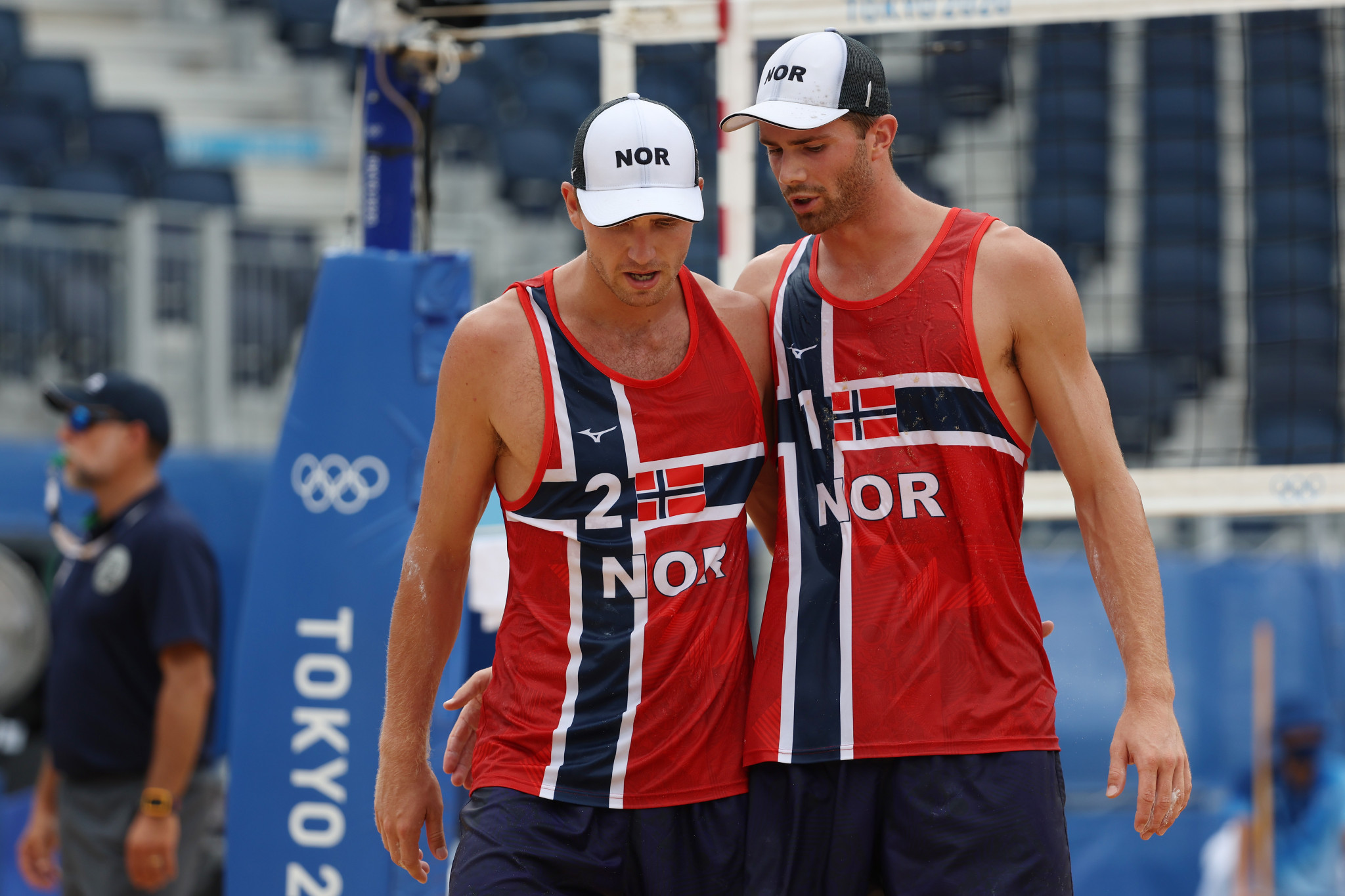 Men's pool action and women's knockout matches take centre stage at EuroBeachVolley