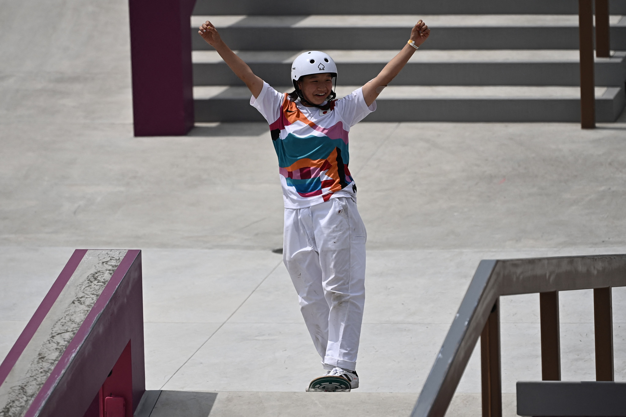 日本の日亜化学工業がわずか13歳でスケートボードの金メダルを獲得した後の2020年東京のスターの1人