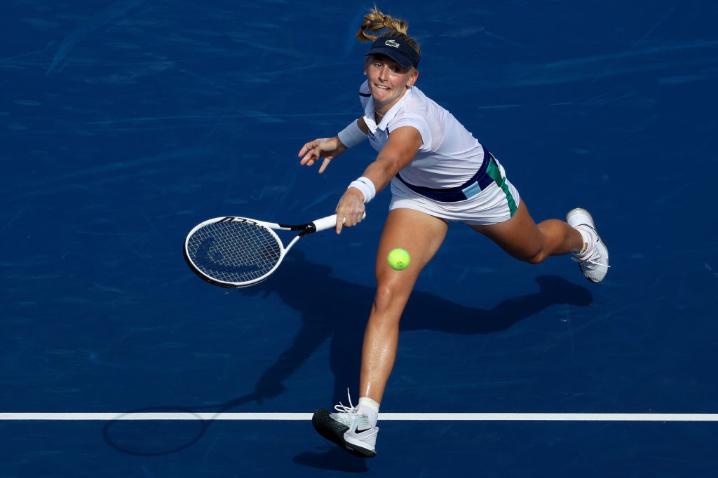 Teichmann to face top seed Barty in Cincinnati Masters final