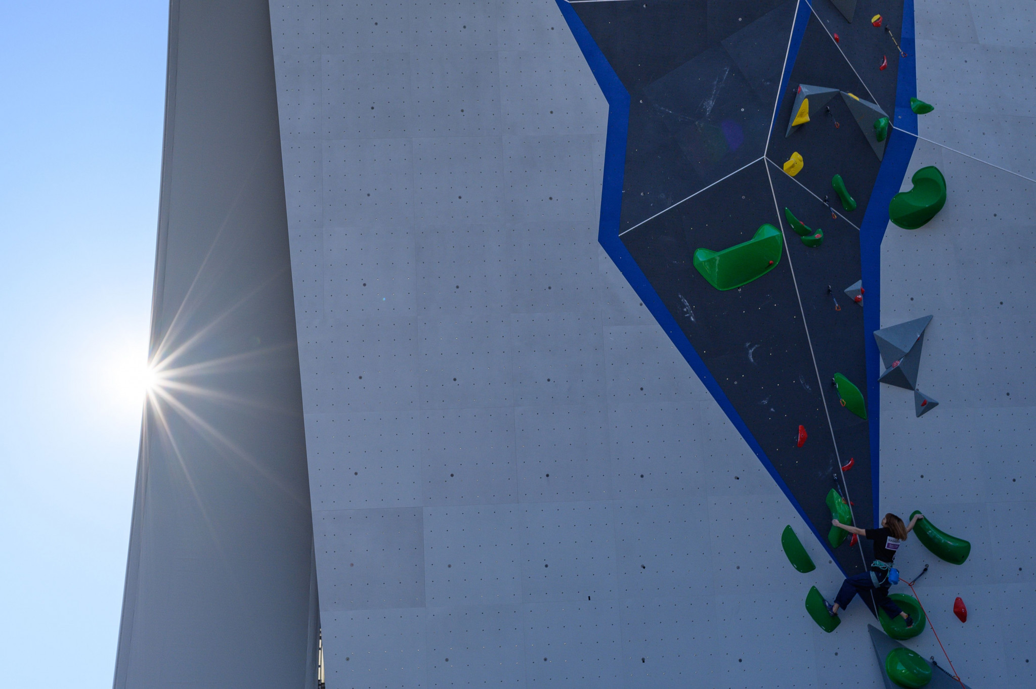 Anraku maintains bid for second win at IFSC World Youth Championships by topping youth B men's boulder semi-final