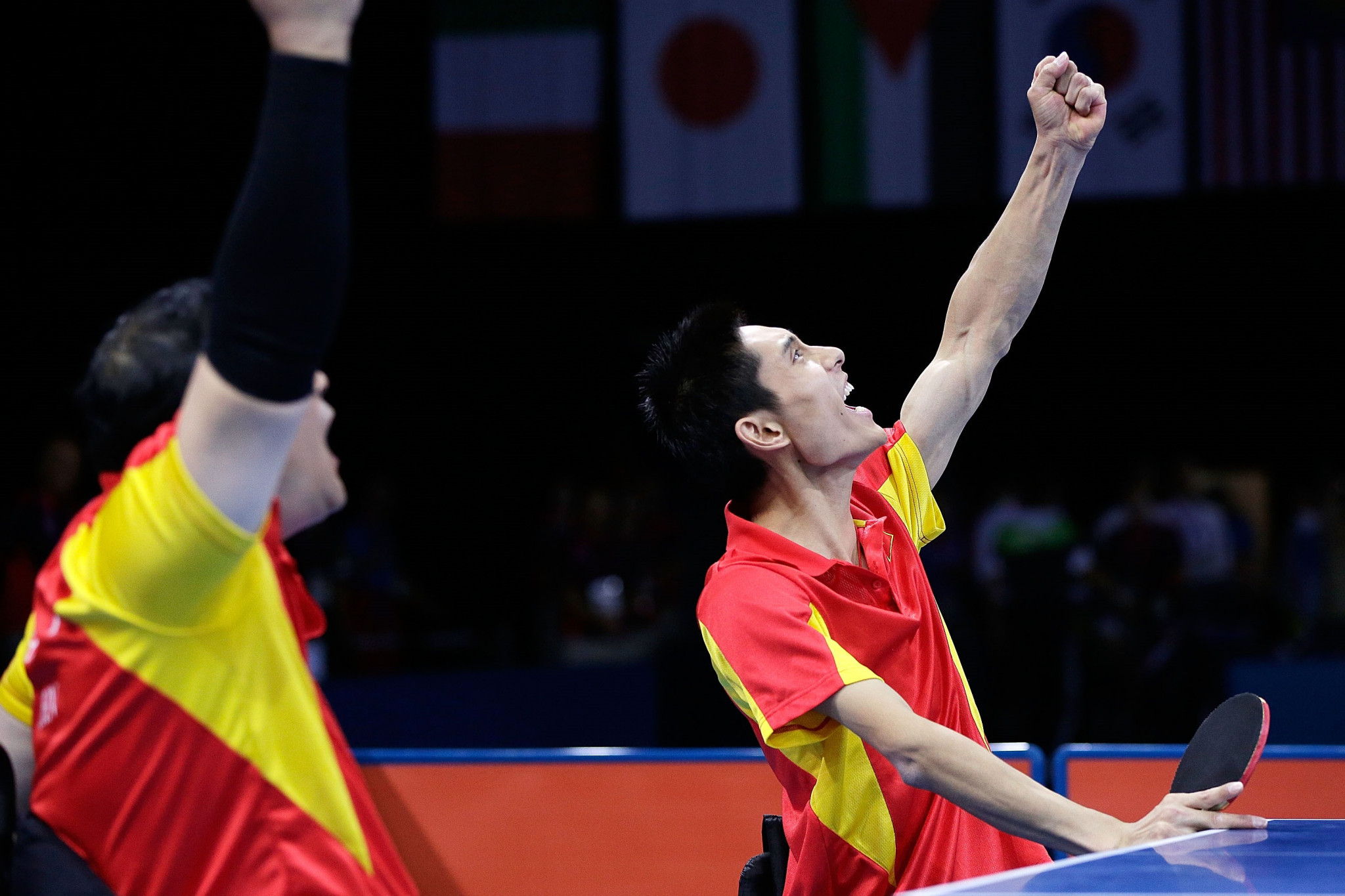 Feng wins five-game tussle to retain title as Liu claims seventh Paralympic gold