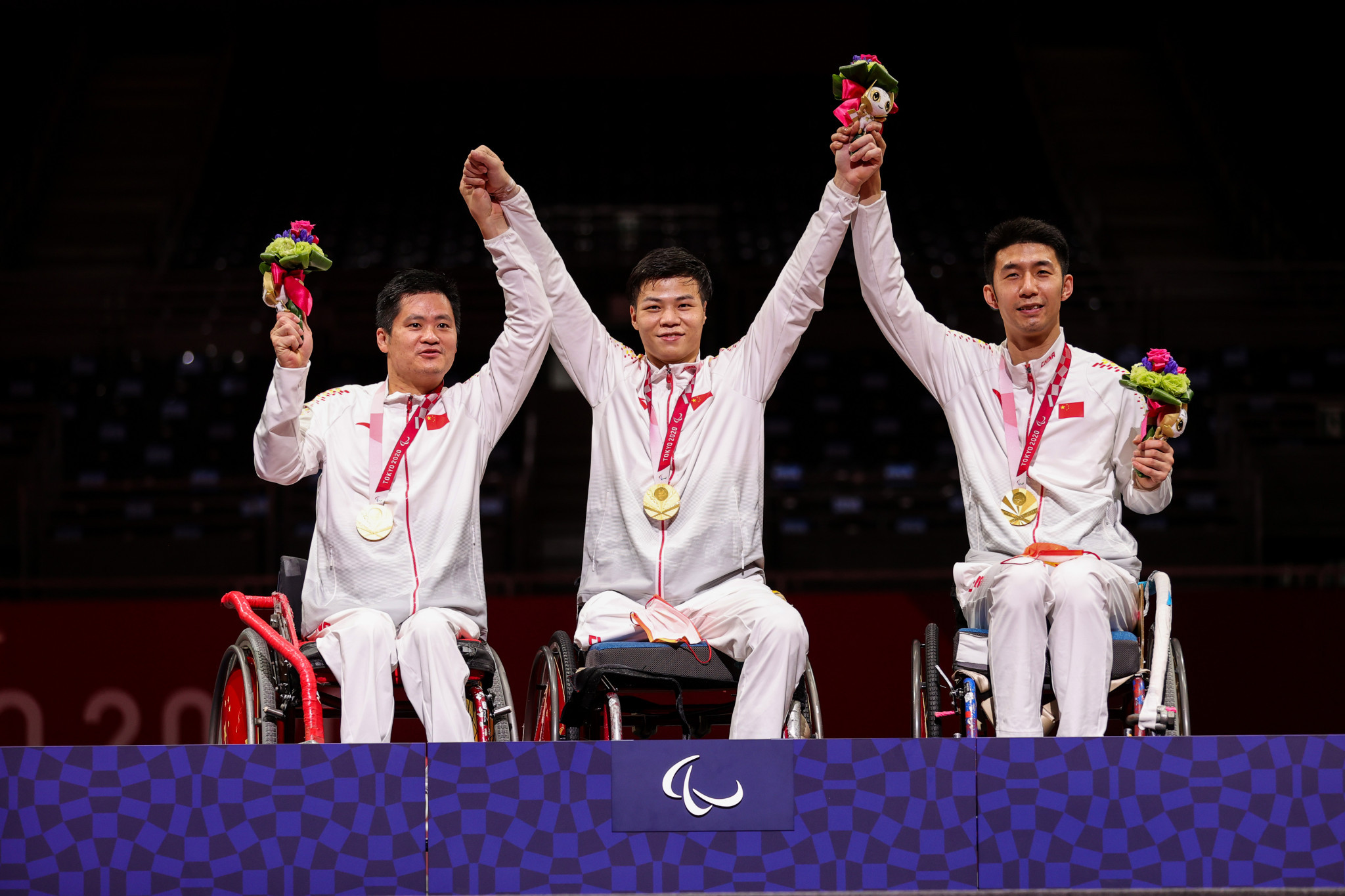 China end wheelchair fencing on a high after team foil golds at Tokyo 2020