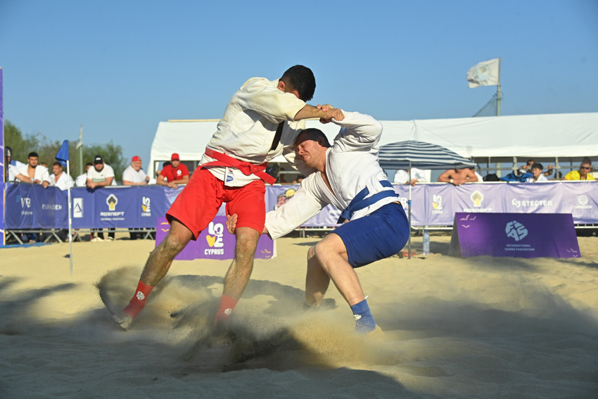 RSF extend dominance to team event in World Beach Sambo Championships 2021