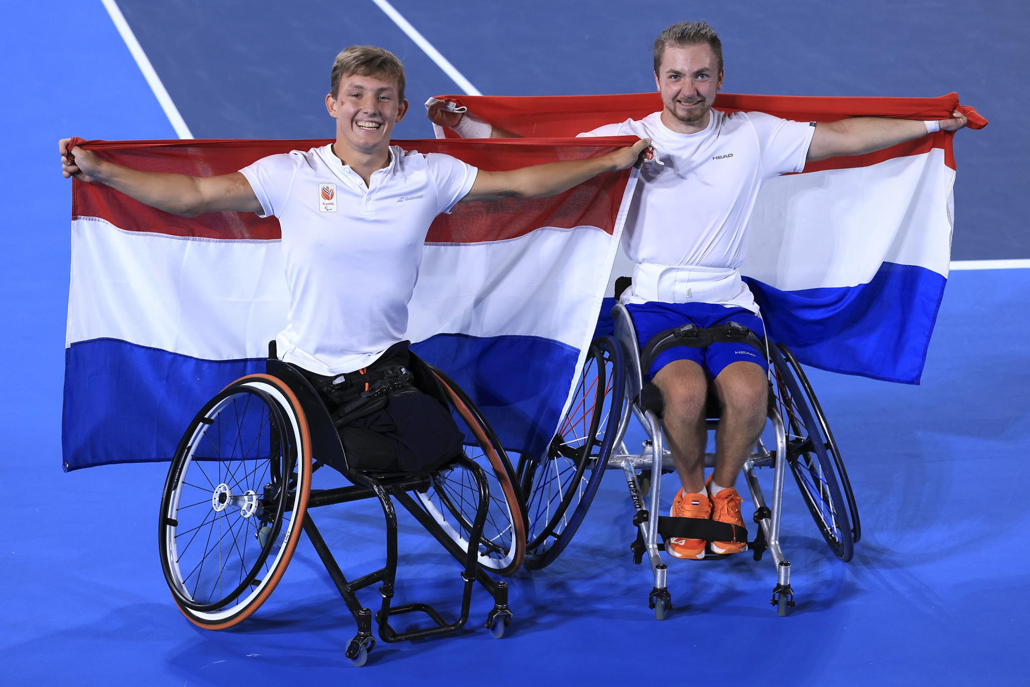 Schröder and Vink stun defending champions Alcott and Davidson in wheelchair tennis quad doubles final
