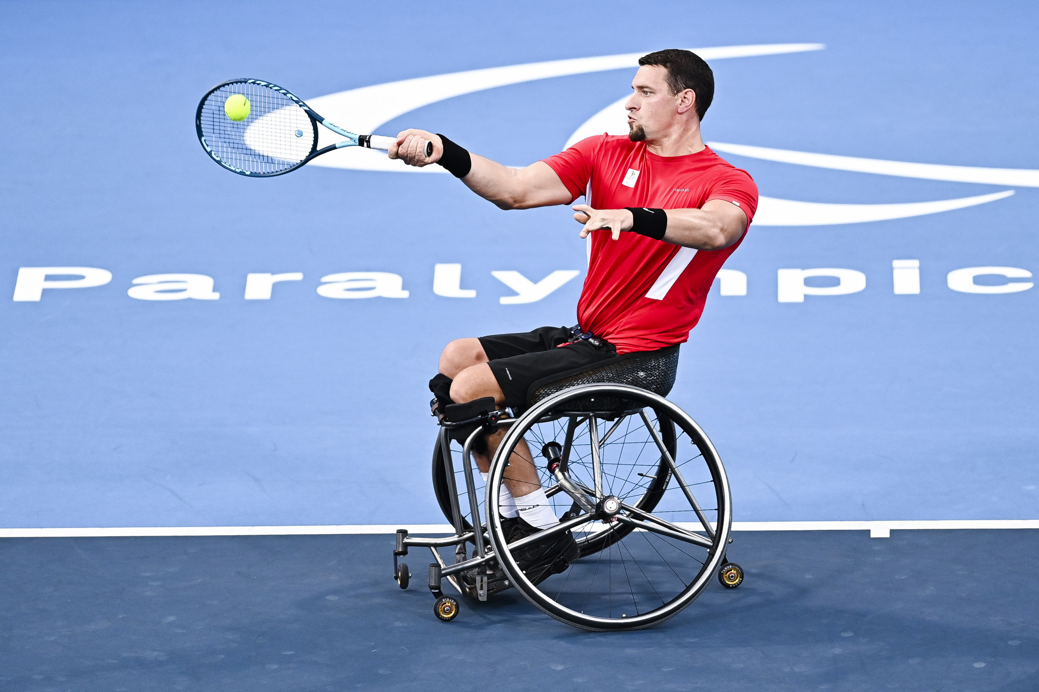 Wheelchair tennis player Gérard hospitalised at Paralympics with suspected cardiac issue