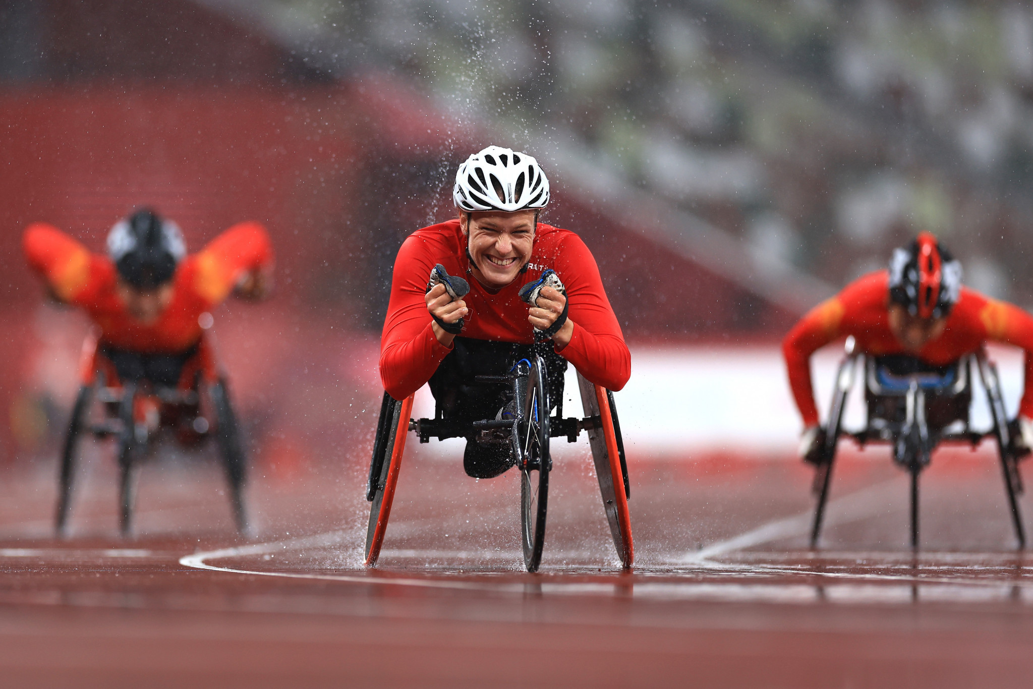 Catherine Debrunner celebrates after winning the women's 400m T53 title ©Getty Images